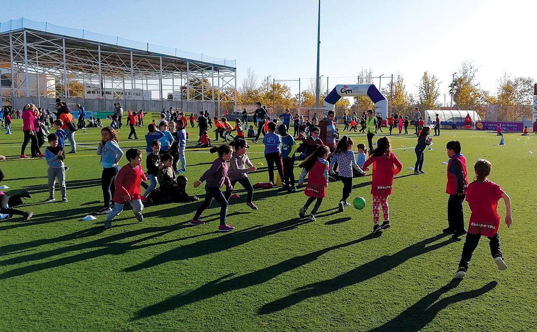 Dins del marc del PCEE, el passat 28 de novembre el Consell Esportiu va reunir més de 500 alumnes de segon de primària en una trobada de promoció de l'activitat física